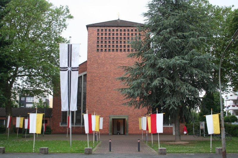 Pfarrkirche St. Joseph (© Thomas Felshart 2007)